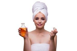 Aceites faciales: ¿producen granitos? ¿aumentan la oleosidad de la piel? Derribamos mitos