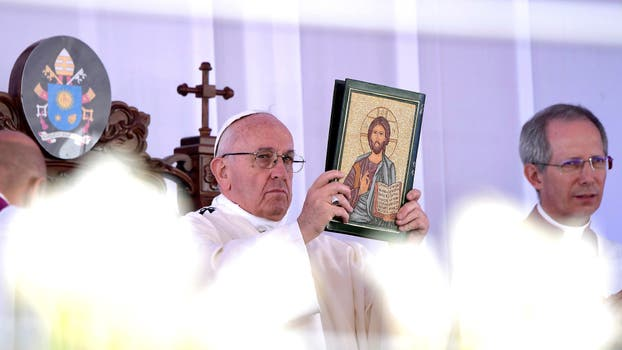 """""""La verdadera fe es la que nos hace ver al otro como a un hermano para amar, servir y ayudar"""", dijo el Papa. Foto: Reuters / L Osservatore Romano"""