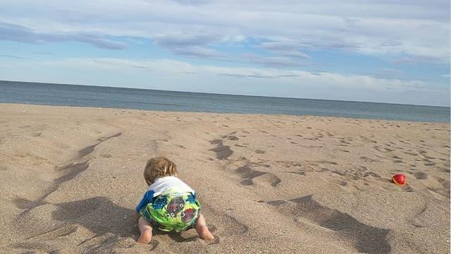 Belén es feliz viendo como su hijo se cría rodeado de naturaleza