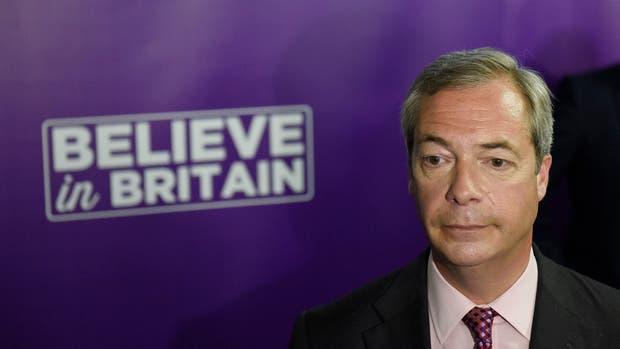 Nigel Farage renunció como líder de UKIP