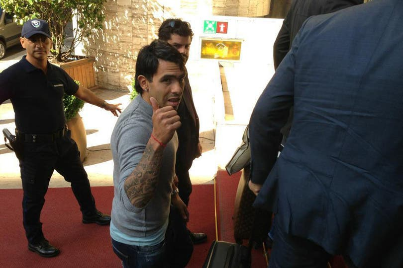 Carlos Tevez llegó a Turín para transformarse en nuevo jugador de Juventus. Foto: Juventus