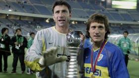 Abbondanzieri y Guillermo Barros Schelotto, con la Copa Europeo Sudamericana 2003, fue el último gran título que conquisto el fútbol argentino; ese gran partido podría volver a jugarse