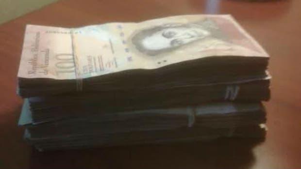 Esto son 40 mil bolívares, es decir 62 dólares
