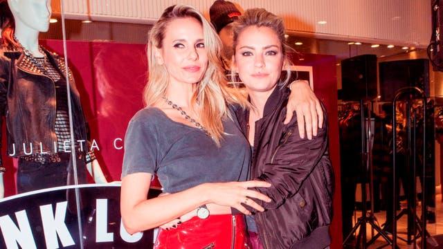 Amigas son las amigas. Dolores Fonzi no se quiso perder el lanzamiento de la nueva línea de ropa de su amiga Julieta Cardinali