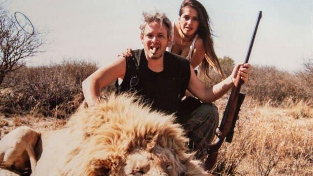 Las fotos de caza de Matías Garfunkel y Victoria Vanucci. Foto: Twitter