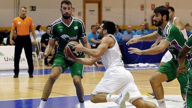 Campazzo sumó 14 puntos ante Unicaja, en la final del Torneo Costa del Sol
