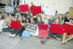 Los jóvenes, durante la sentada en Copenhague
