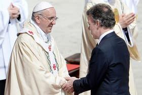 El presidente colombiano se mostró orgulloso por la primera santa colombiana