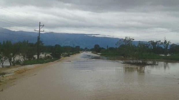 En las próximas horas se espera el pico de la crecida del río