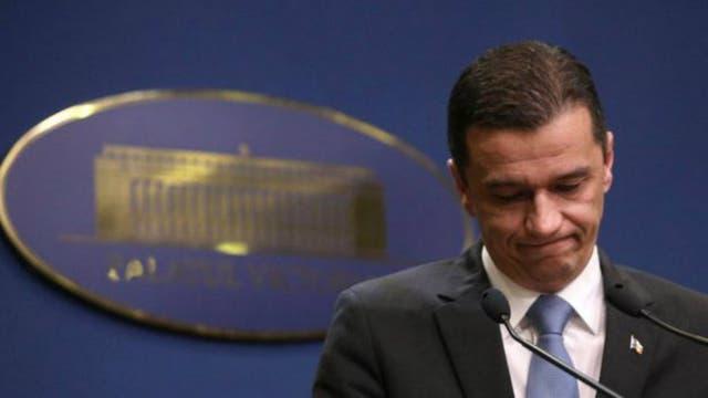 Muchos manifestantes exigen la renuncia del primer ministro, Sorin Grindeanu