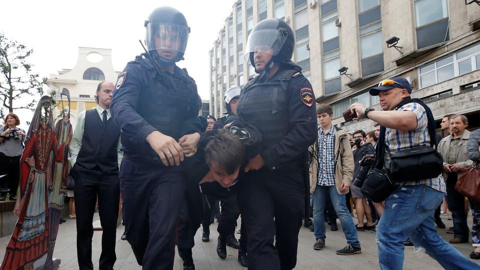 Aparentemente, el llamado a manifestarse atrajo más a los jóvenes, que nacieron durante los 17 años de Putin en el poder. Foto: Reuters