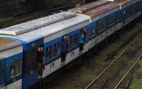 Los gastos millonarios no alcanzaron para mejorar los trenes, ni la calidad del servicio que se presta
