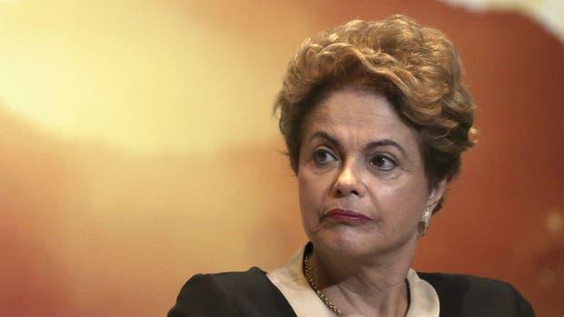 El Senado brasileño analizará hoy la apertura del proceso que puede derivar en la destitución de Dilma Rousseff
