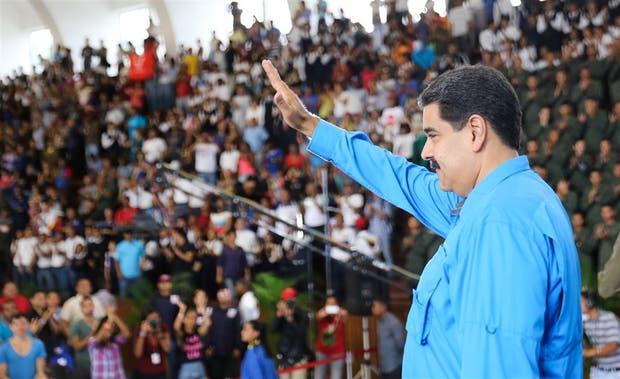 México prohibió manifestaciones en apoyo a Venezuela: Maduro