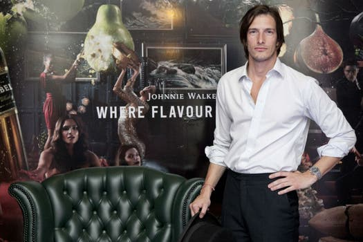 Iván de Pineda se sumó a la nueva campaña de Johnnie, Walker Where the Flavour is King.