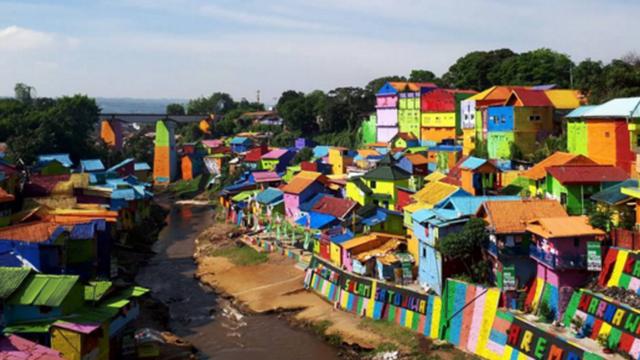Sus colores atrajeron a hordas de turistas en los últimos tiempos