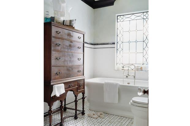 Imagenes De Tomar Un Baño:Ideas para decorar tu baño antiguo – Living – ESPACIO LIVING