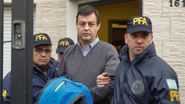 Detuvieron a Víctor Manzanares, el histórico asesor financiero de los Kirchner