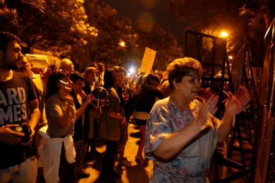 Movilizacion fente a la Quinta de Olivos en repudio a la muerte del fiscal. Foto: LA NACION / Rodrigo Néspolo