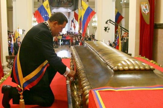 En julio de 2010 volvió a cerrar el sepulcro de Simón Bolivar y presidió una ceremonia por el aniversario del natalicio. Foto: Archivo
