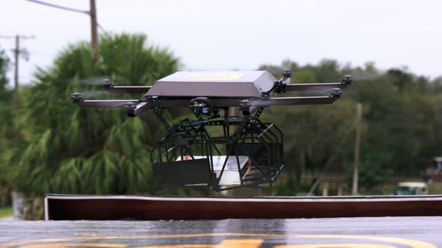 El vehículo aéreo tiene una autonomía de 30 minutos y puede cargar paquetes de hasta 4,5 kilos