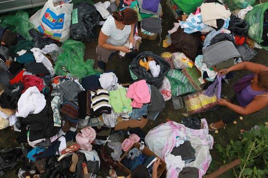 Las donaciones lleqan a las zonas afectadas. Foto: LA NACION / Fabián Marelli