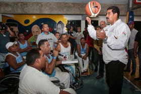 """Maduro, ayer, durante una jornada de su llamado """"gobierno de calle"""""""