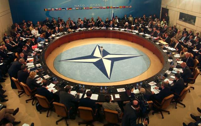 Los miembros de la OTAN, reunidos en asamblea