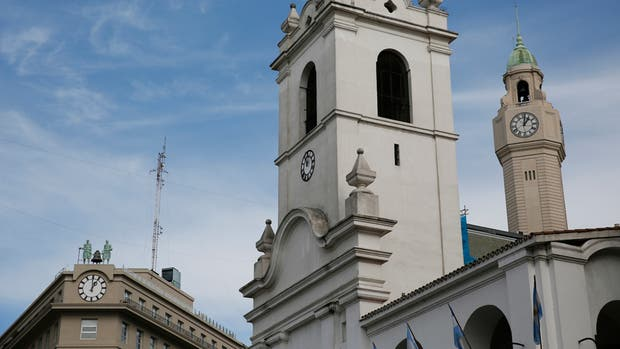 El reloj del Cabildo, en hora