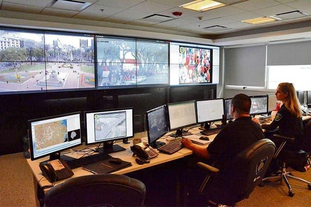 En el edificio de General Hornos 238, Barracas, funciona el sistema de atención de emergencias integrado
