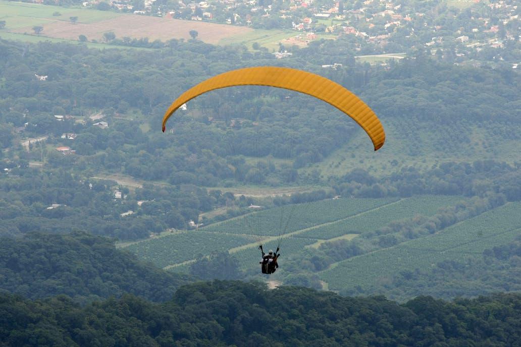 Murió un veterano parapentista tras realizar un vuelo en el Cerro Arco