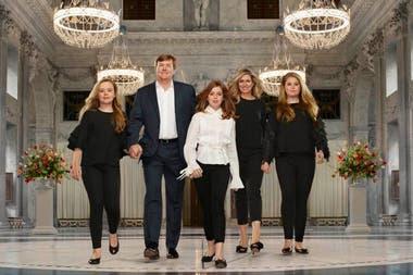 La reina Máxima y Guillermo celebraron el 30 de abril sus cinco años en el trono de Holanda junto a sus hijas