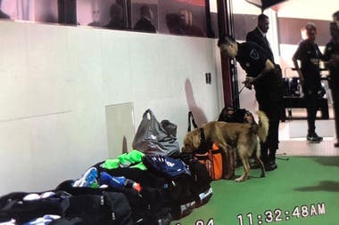 Request for Boca props before entering the locker room