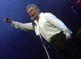 El intérprete de Cruz del Eje canta historias diversas en su último CD