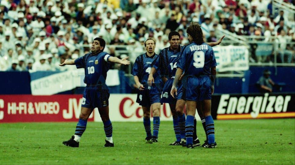 21-6-1994: otro momento del encuentro con Grecia.. Foto: LA NACION / Francisco Pizarro