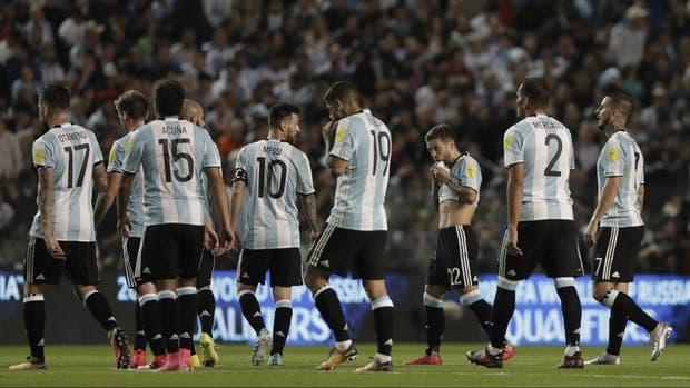La selección argentina, sumergida en un presente turbulento