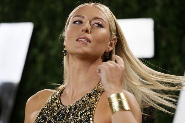 ¿Y cómo no íbamos a robar con una foto de Sharapova si fue una diosa en los Oscar?.  Foto:Reuters
