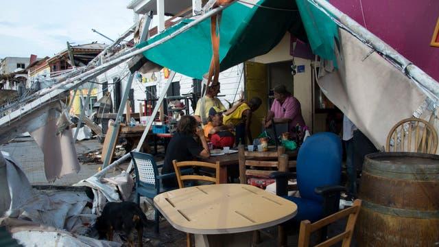 http://bucket1.glanacion.com/anexos/fotos/80/huracan-irma-2532880w640.jpg