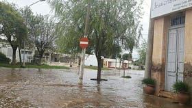 Se complica la situación por las inundaciones en Córdoba, hay más de 400.000 hectáreas afectadas