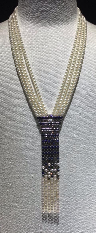 Una joya en perlas y zafiro, lo último de Chanel