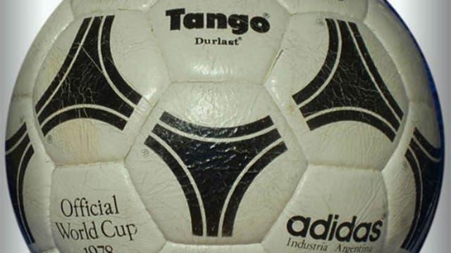 1978, Argentina: la inolvidable Tango que marcó un modelo que se utilizó en los cinco mundiales siguientes. Foto: Archivo