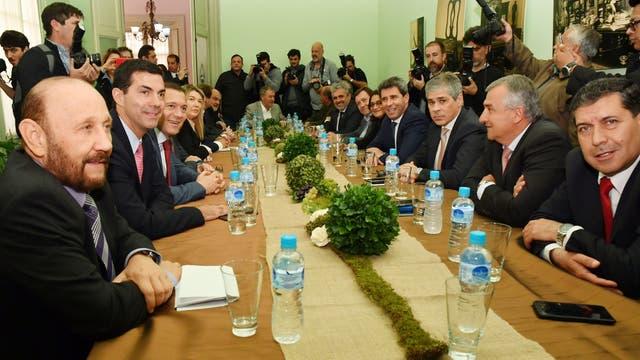 La mayoría de los gobernadores opositores se mostraron sorprendidos ante la difusión de los montos con los que se beneficiará a Buenos Aires