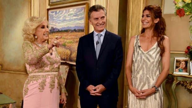 Mirtha Legrand Mauricio Macri y Juliana Awada en diciembre de 2015