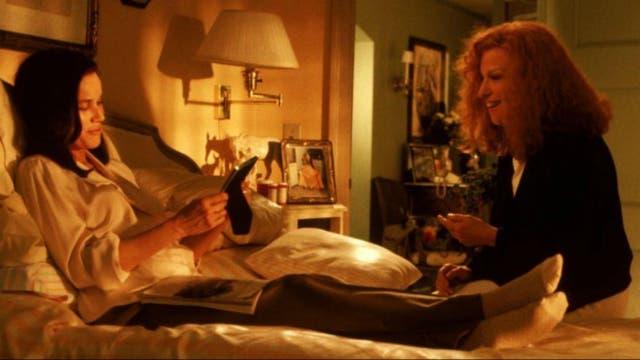 Barbara Hershey en Eternamente amigas/Beaches (1988), la película de Garry Marshall