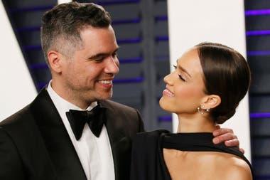 Jessica Alba y su marido, Cash Warren, en la fiesta de Vanity Fair