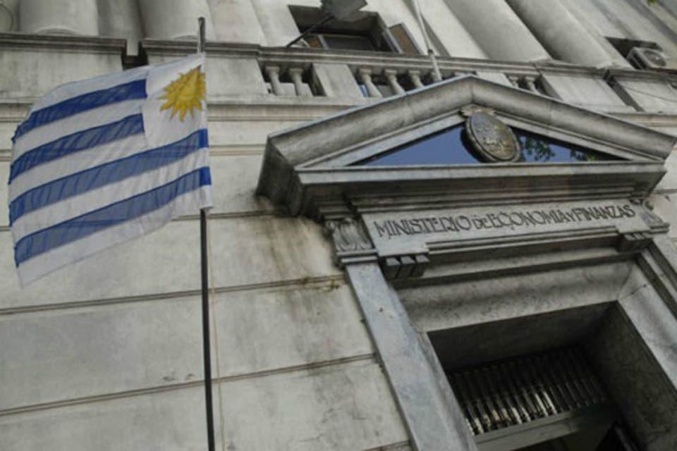 Uruguay: cae el PBI y se contrae la economía