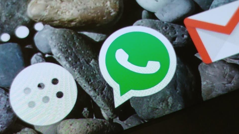 Whatsapp habilita el uso de stickers y dibujos en las fotos compartidas