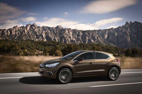 El Citroën DS4, una auto maravilloso que llegará al país en 2012.