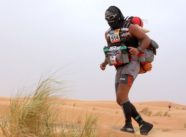 Sebastián Armenault corre ultramaratones con un solo objetivo, ayudar, y un claro mensaje: superarse.  /Archivo Sebastián Armenault