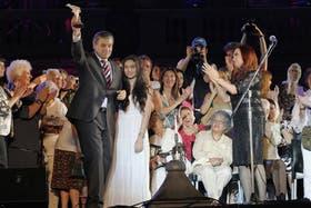 En diciembre pasado, la Presidenta le entregó a Víctor Hugo Morales el premio Azucena Villaflor a los Derechos Humanos